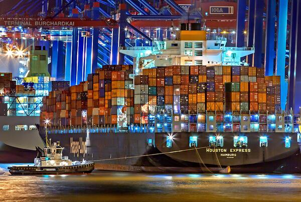 Ship moving containers and microservices